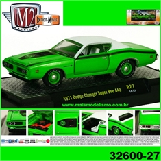 1971 - Dodge Charger Super Bee 440 Verde/Branco - M2M - 1/64 - 1971 - Dodge Charger Super Bee 440 Verde - M2M - 1/64